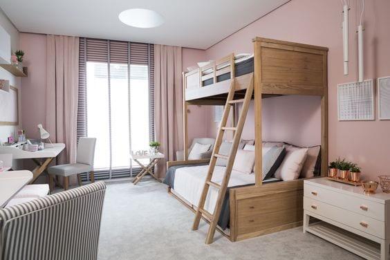 Transformar la habitación infantil en juvenil